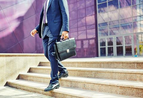 Insurance executive retires