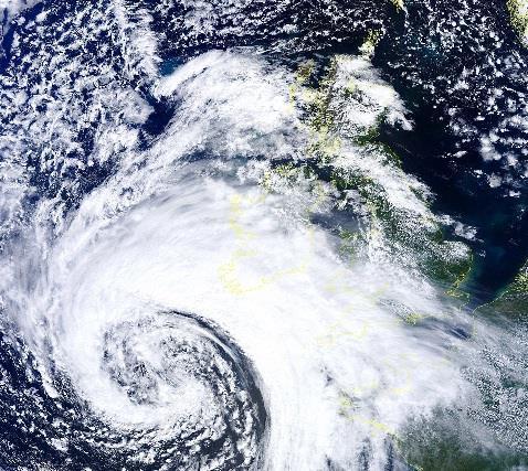Atlantic storm to batter UK