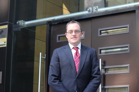 Colin Thompson, Nexus