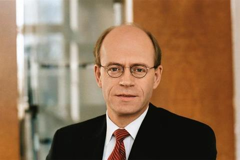 Dr Nikolaus von Bomhard