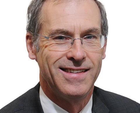 Alistair Lyons