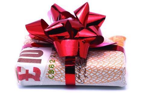 Gift, money